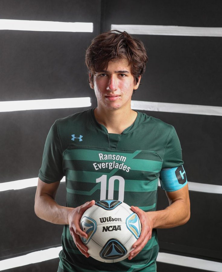 Nicolas Stone Perez '21