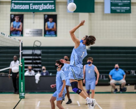 RE Boys' Volleyball cruises through District Semifinals with three-set win